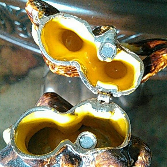 Hobby lobby free w purchase little monkey jewelry for Hobby lobby jewelry holder