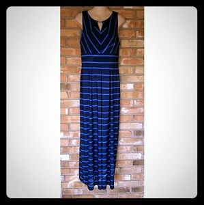 Liz Claiborne Dresses & Skirts - Liz Claiborne Maxi Dress