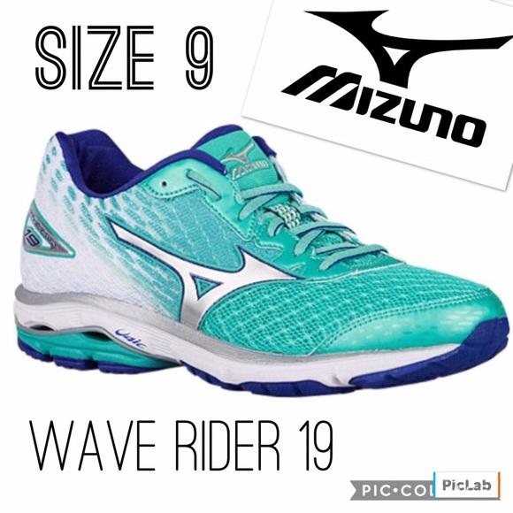 mizuno wave rider 19 size 9