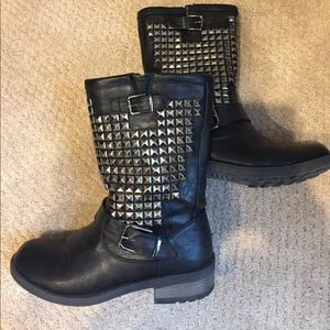 Wanted Shoes - Wanted size 8 black biker boots