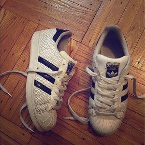 Limited edition Adidas Superstar La Marque!
