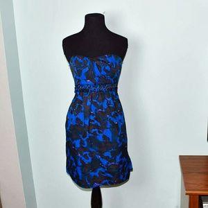 Gorgeous Blue & Black Flowy Strapless Dress