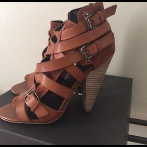 Shoes - Trouve caged heel