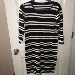 Stripped Black and White Lightweight Sweater Dress