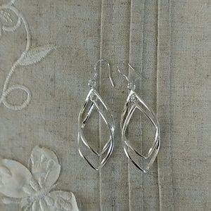 Jewelry - NWT: 925 marked sterling silver earrings.
