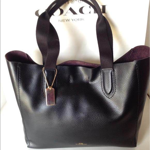 b76247cb0a45 PRICE DROP❤NWT Coach Derby Tote Pebbled Lthr Bag