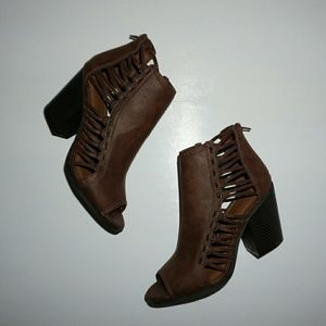 rampage  Shoes - RAMPAGE CHOCOLATE BROWN OPEN TOE WEAVE BOOTIES