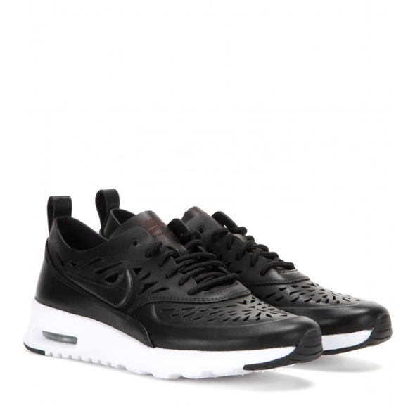7da3d4a015 Nike Air Max Thea Joli Cut Out | Black | sz 7.5. M_58ee65959c6fcf41cb0b5cc8