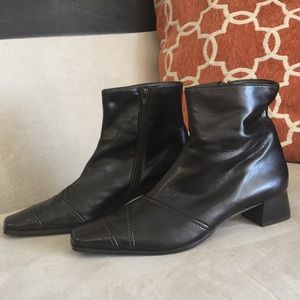 Paul Green Shoes - AUTH PAUL GREEN LADIES BROWN LEATHER BOOTS SZ 7.5