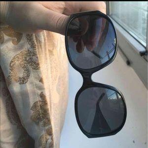 Burberry Accessories - Burberry women sunglasses 😎
