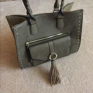 Apt. 9 Handbags - LIKE NEW Apt. 9 Handbag