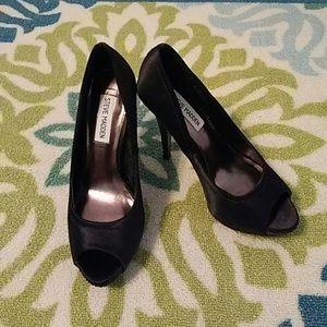 Steve Madden Shoes - NWOT Steve Madden Gem Peep Toe Pumps