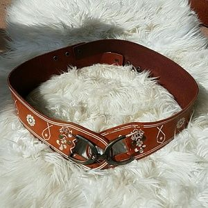 Linea Pelle Accessories - LINEA PELLE Vintage Wide Leather Boho Belt