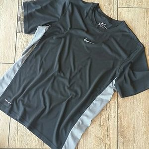Nike Other - 🏃NIKE DRIFIT BLACK SHIRT🏃