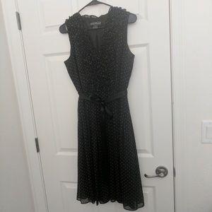 Jessica Howard Dresses & Skirts - Jessica Howard flowy polka dot dress