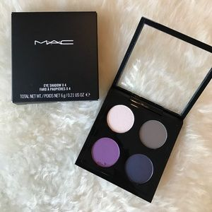 Mac Eyeshadow x4 Hold My Gaze palette