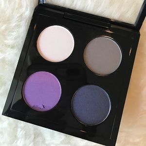MAC Cosmetics Makeup - Mac Eyeshadow x4 Hold My Gaze palette