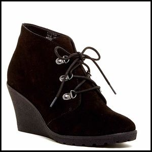 Susina Shoes - SUEDE ANKLE BOOTIES Lace-up Boots