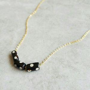 Jewelry - *FINAL MARKDOWN* Dainty Dot Necklace