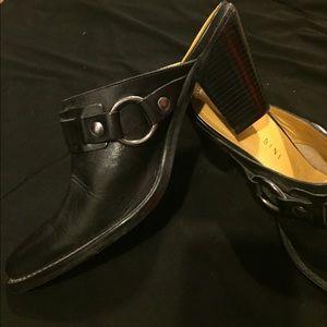 black leather Gianni Bini shoes