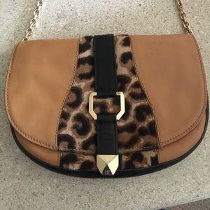 Henri bendel crossbody purse