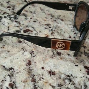 MICHAEL Michael Kors Accessories - $$$MAKE AN OFFER $$$Michael Kors sunglasses
