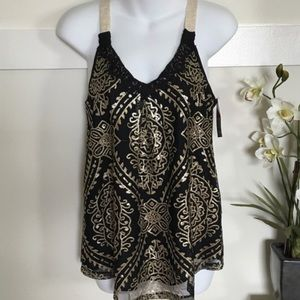 Black and gold sequin xhilaration dressy top