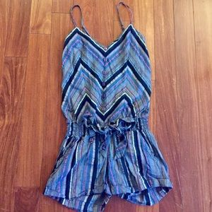 Billabong Other - Adorable romper with tie waist