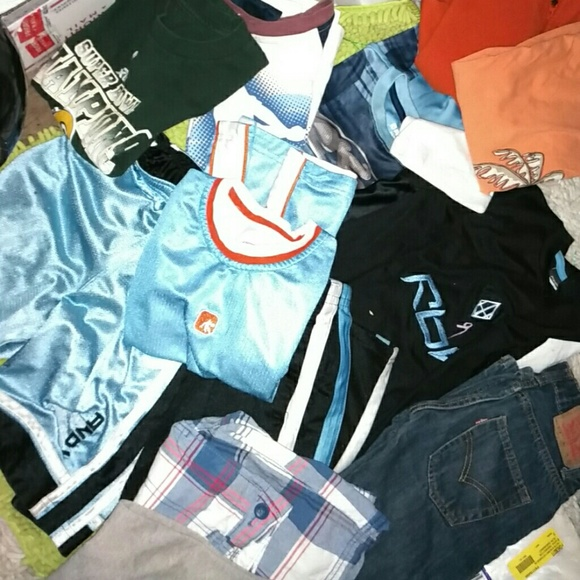 a8f4c85d Reebok, Levi's, and 1, urban pipeline Matching Sets | Xl Bundle Of ...