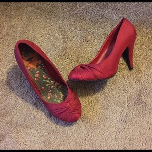 Rocket Dog Shoes - Satin front knot red shoes