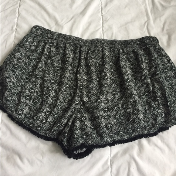 American Eagle Outfitters Shorts - cute american eagle shorts with fringe size XL