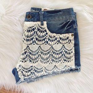 Rewash Pants - NEW‼️Rewash Lace Denim Shorts