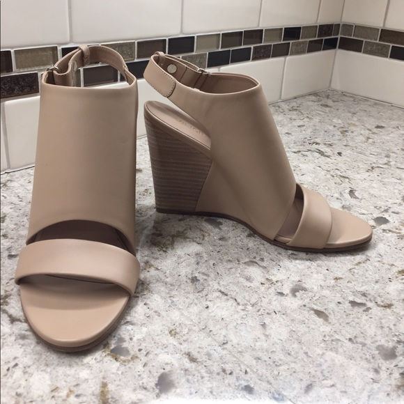 0e7eaf9696 Vince Shoes | Karen Nude Leather Wedge Sandals | Poshmark