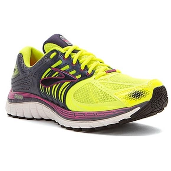 948e27701b2 Brooks Shoes - Neon Brooks Glycerin 11
