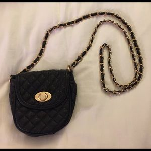 Forever 21 Black and Gold Quilted Crossbody