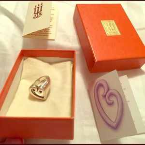 James Avery Jewelry - James Avery Mothers Love Ring