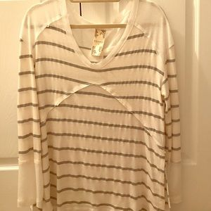 Blu Pepper Tops - Casual white and grey stripped shirt