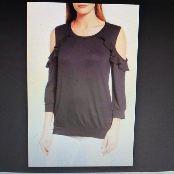 7fd51a6c08b4f Bobeau Ruffle Cold Shoulder Sweatshirt