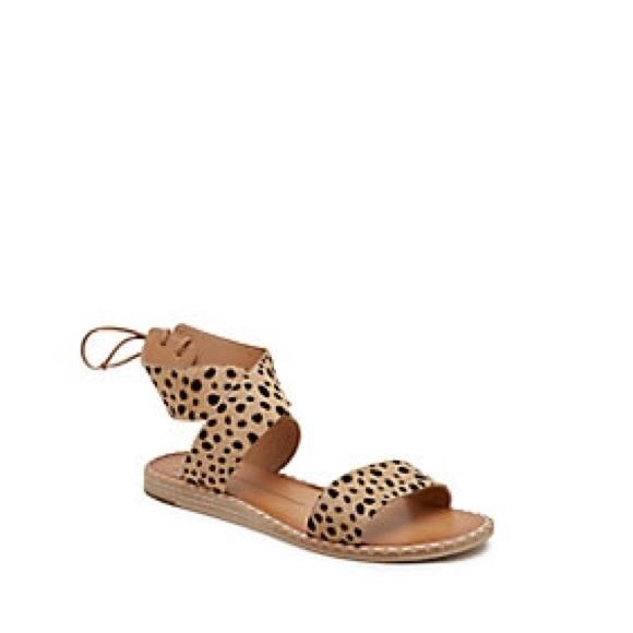 01c03fb22527 Dolce Vita Shoes - Dolce Vita Pomona Sandals: Leopard [NWOT]