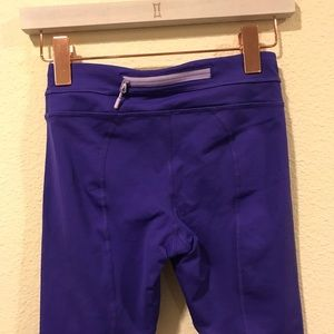 lululemon athletica Pants - Lululemon purple crop Capri work out leggings