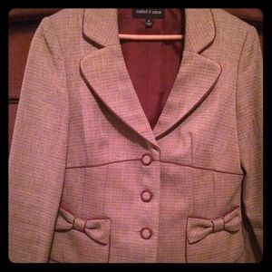 isabel & nina  Dresses & Skirts - Women's Business skirt suit. Size 6.