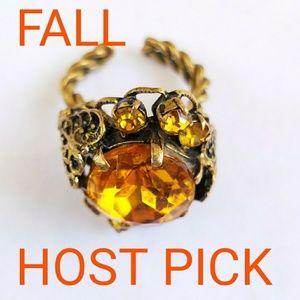 Jewelry - VINTAGE CZECHOSLOVAKIA FILIGREE RING