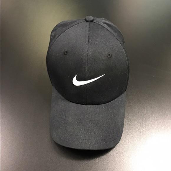 dbbbf522be2 Nike Tiger Woods Golf Hat. M 58eef71dfbf6f958f4016a63