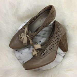 hinge Shoes - Hinge Perforated Taupe Oxford Lace Up Heels