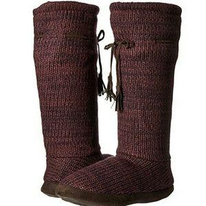Muk Luks Shoes - Muk Luks Womens Tall Marlgrape Slippers Lg 9/10