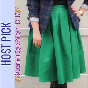 Eloquii Dresses & Skirts - 💕HP💕🆕NWT Kelly Green Skirt 20W
