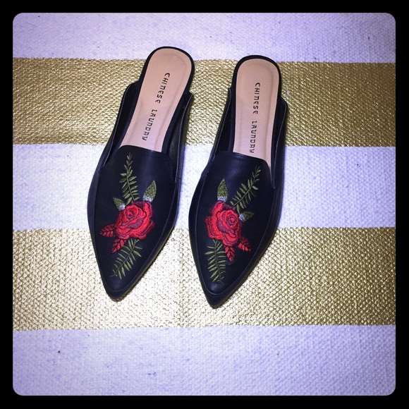 b305dd5bd7c6 Gucci Shoes - Embroidered rose 🌹 slide on flats