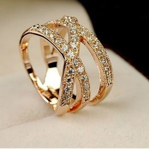 Jewelry - New Yellow Gold Plated Criss-Cross Ring Size 8!