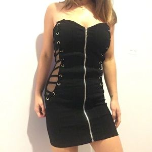 NWOT AVEC black bodycon minidress