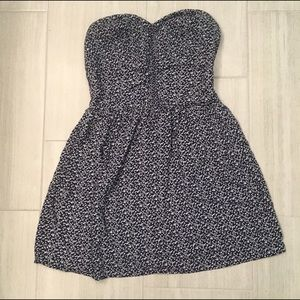 Xhilaration Dresses & Skirts - Xhilaration strapless floral Dress